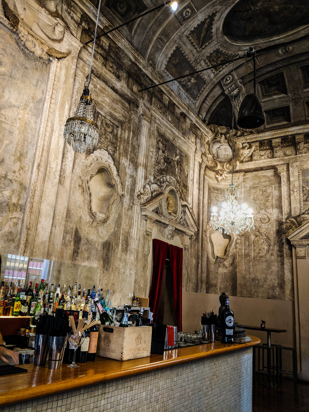 Le Stanze bar, par of the Bologna Itinerary