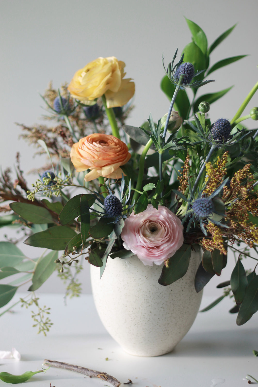 ranunculus-spring-arrangement-3.jpg