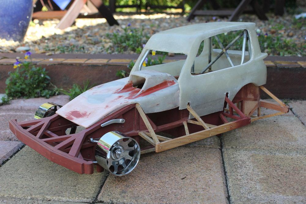 model 05 IanStewarttri rail.JPG