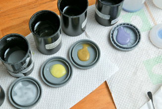 Enamels in lids, your palette