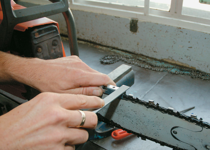 Filing the depth gauge