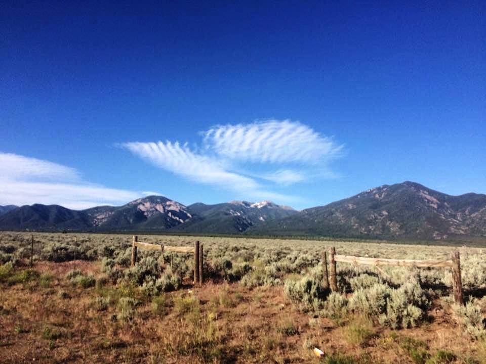 Taos NM valley.jpg