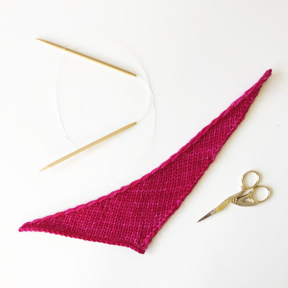 aroha-knits-5-shawls-5-days-challenge-asymmetrical-shawl-in-malabrigo-rios-fuchsia