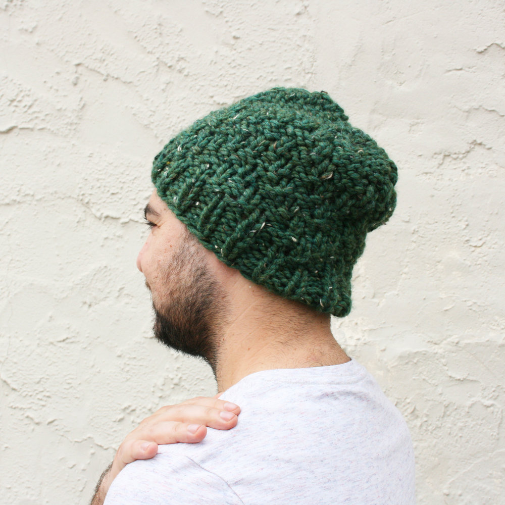 Silicate-reversible-chunky-knit-hat-knitting-pattern-by-elisemade