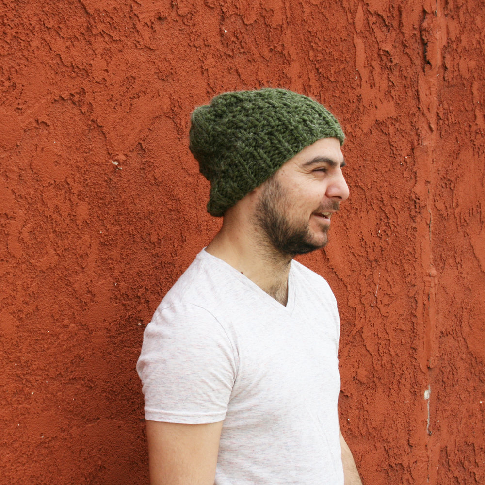 Silicate-Reversible-Chunky-Hat-Knitting-Pattern-by-Elisemade.jpg