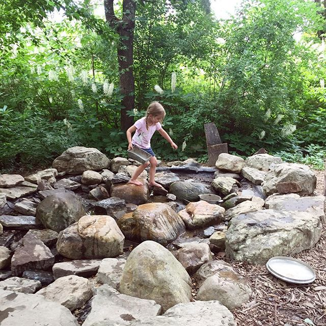 We are spending the weekend in the town where Matt and I first met, where we went to college, where we brought our first baby home. Exploring it in a new way, in a new phase of life with my kids is pretty magical. #boxerwoodgardens #wildandfreechildren #letthekids