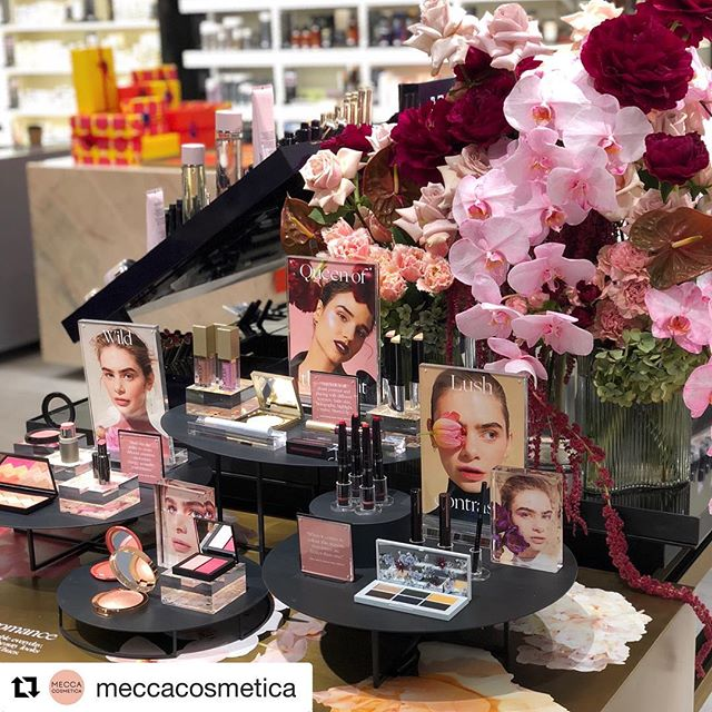Love the luscious styling here at the new @meccacosmetica store in Indooroopilly, Qld!  #retail #design #retaildesign #visual #merchandising #visualmerchandising #vmlife #props #vm #windowdisplays #windows #retailstyling #styling #creative #visualmerchandiser #stylingtips #display #lovemyjob #retailrevamp