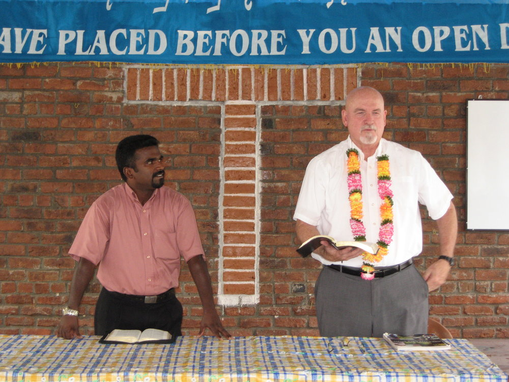 pastor Dan teaching in Sri Lanka