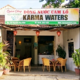 Karmer Waters in Hoi An, a small and cosy restaurant.