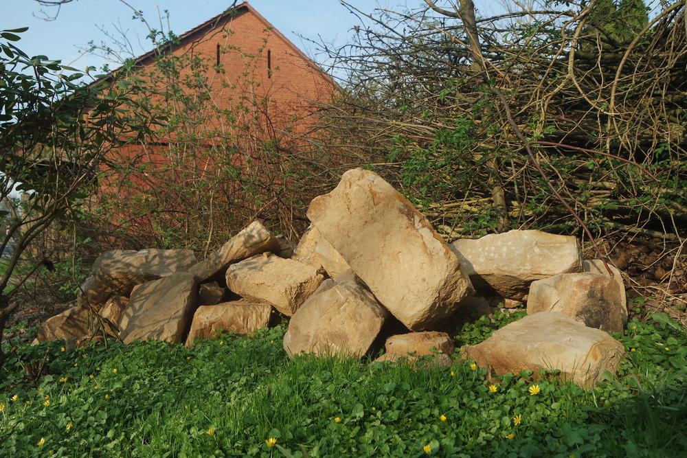Prinzip der Permakultur lokale Rohstoffe nutzen