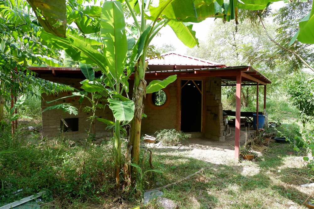 Mudhouse at Gaia Ashram, Thailand. Natural building is a great way to incorporate all 12 permaculture design principles in one project.