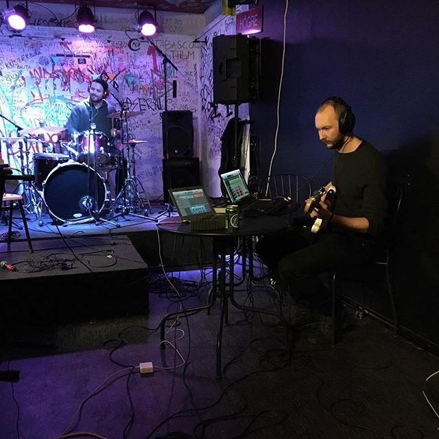 Kulmen hänger i studion i vinter... #kulmen #kulmenstockholm #gulavillan @luddpuff @sannaelle @pimpinell @thenisque @kulmenstockholm