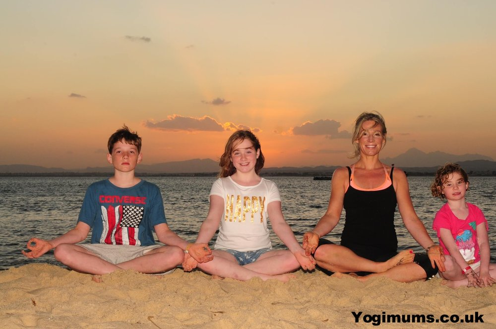 Online yoga for mums, Yoga in Bristol, Yoga classes & private 1:1yoga in Henleaze, yoga in Redland, Yoga in Westbury Park, Yoga in Stoke Bishop, Yoga in Clifton. Online yoga for beginners, online yoga for pregnancy, online yoga for postnatal mums. Healthy eating, nutrition, family wellbeing, meditation, mindfulness. Yoga with Children.