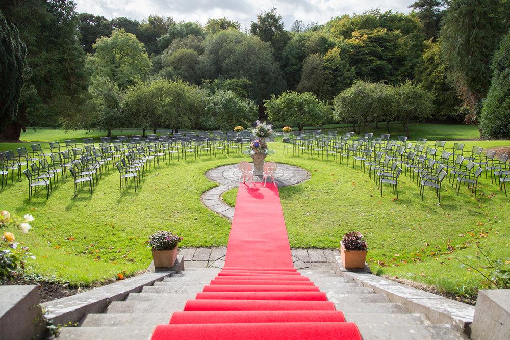 Wedding Setting at Boyne Hill House