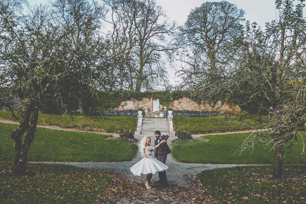 Boyne Hill House Outdoor Bride & Groom