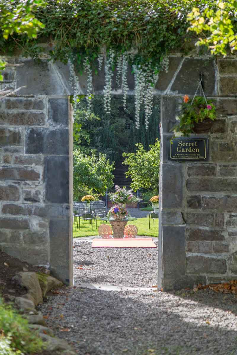 Outdoor Secret Garden Wedding Venue