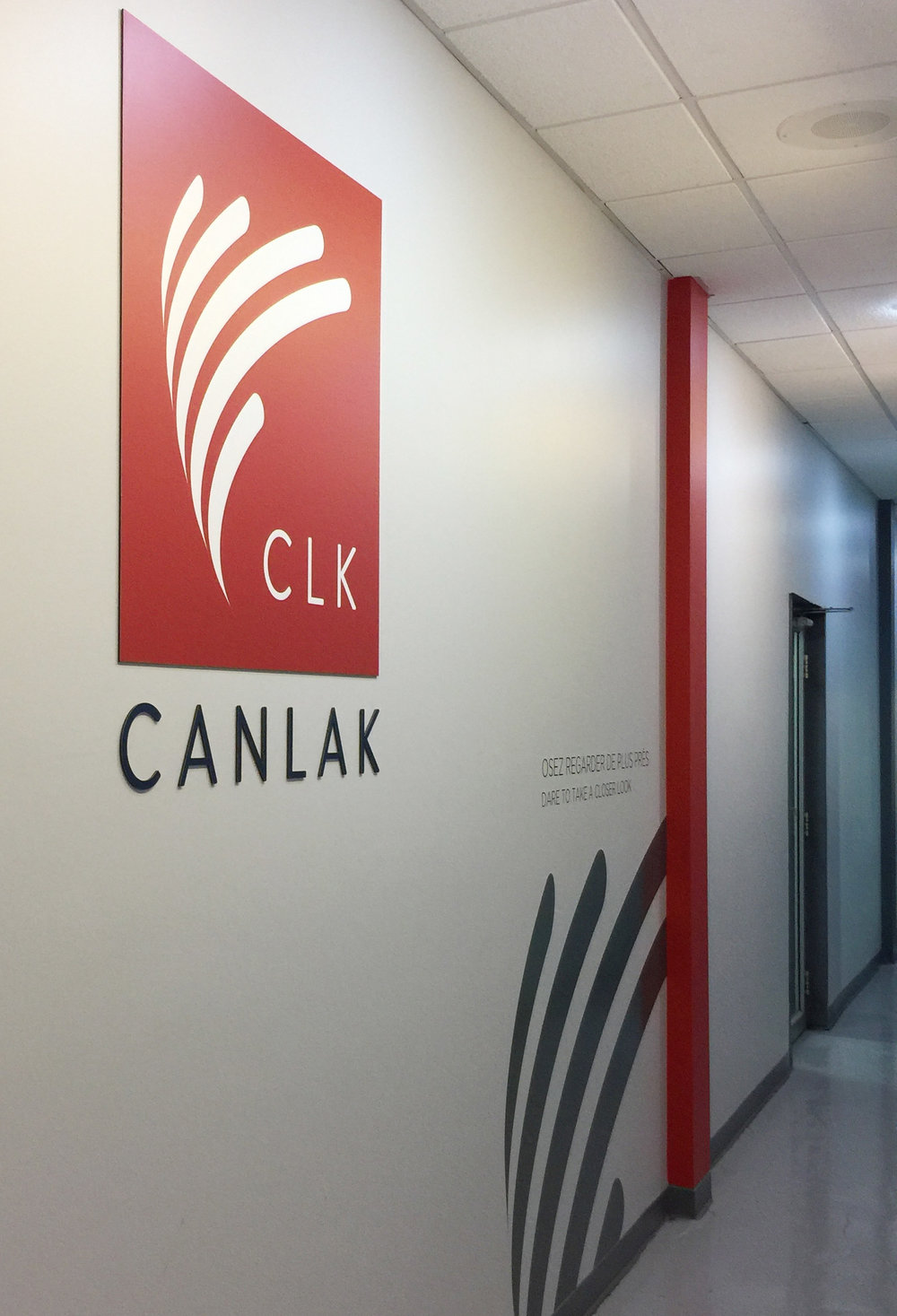 Panneau mural et lettrage Canlak