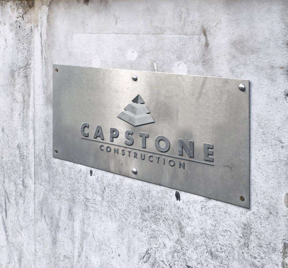Plaque métallique gravée Capstone