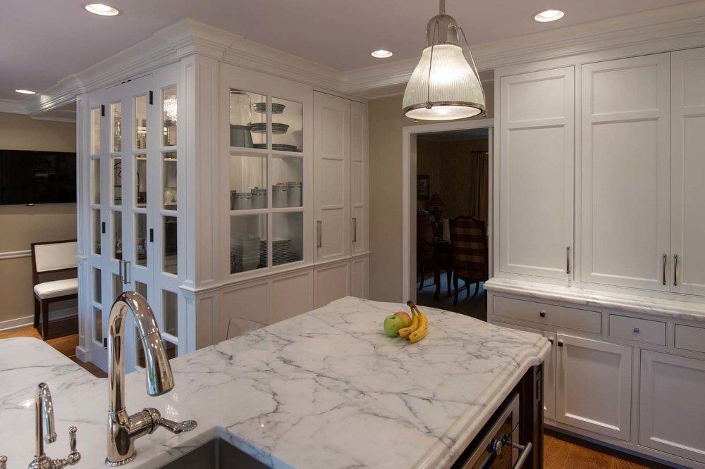 Villanova White Kitchen Hi Res-7.jpg