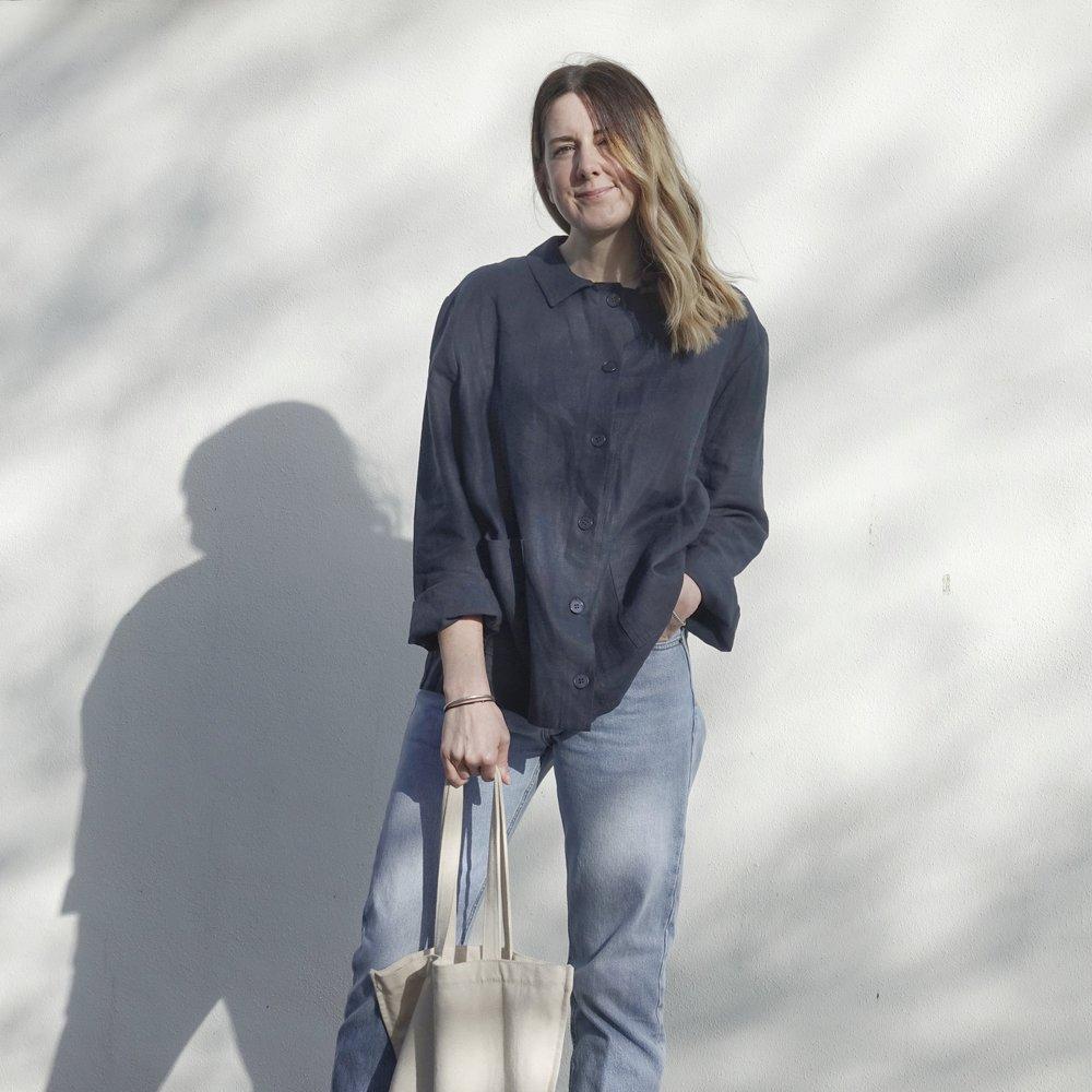 Nicole Davidson in Antibad worker jacket