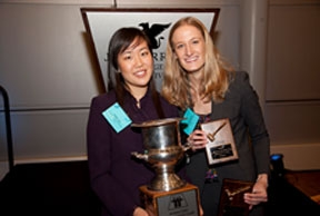 2010 Champions Vivian Lee and Ali Stoffregen