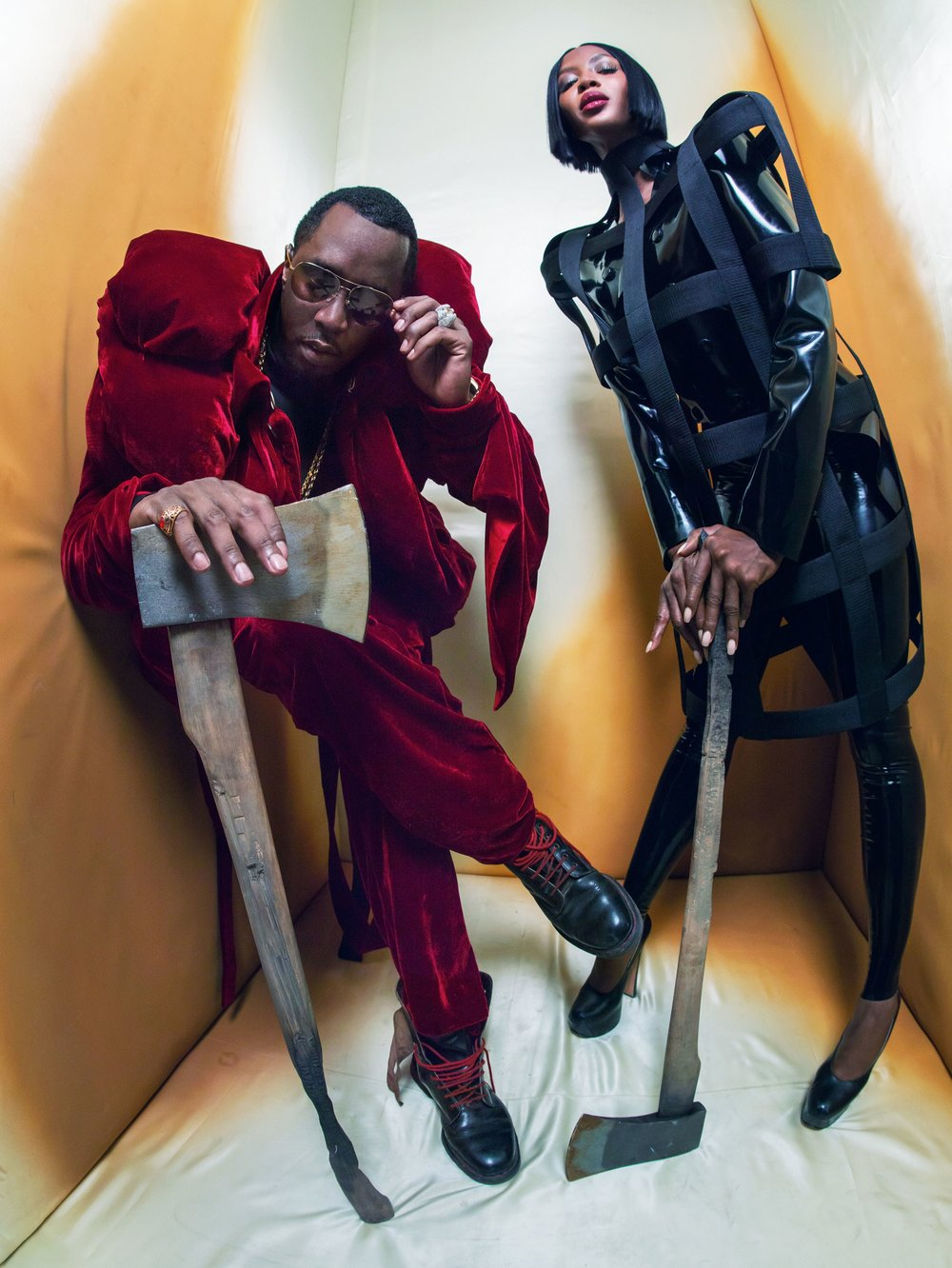 02-NAOMI_CAMPBELL_AND_SEAN_DIDDY_COMBS (1).jpg