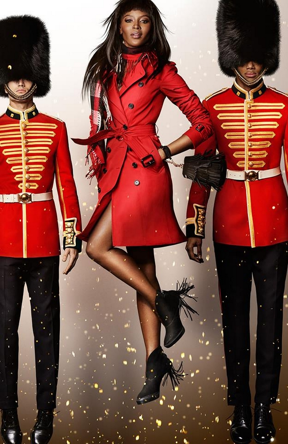 Naomi-Campbell-photographed-by-Mario-Testino-for-the-Burberry-festive-campaign.jpg