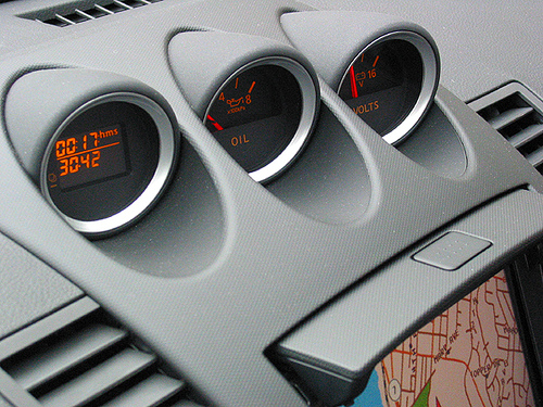 Nissan 350Z gauges