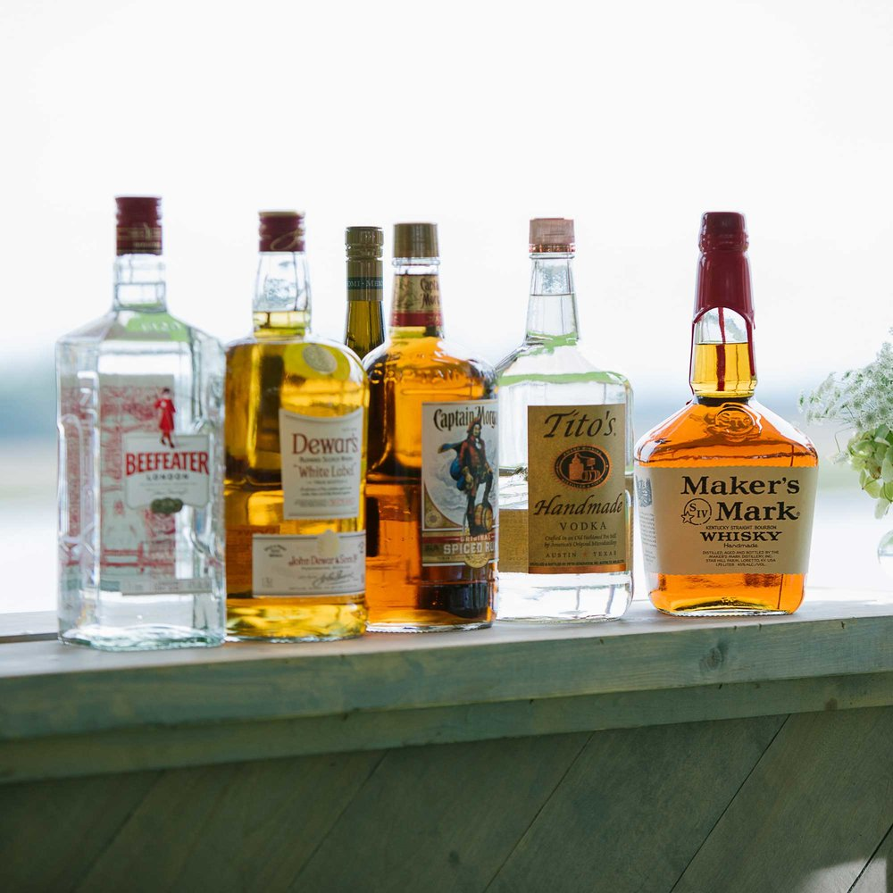 lowcountry-kitchen-catering-beaufort-sc-ben-and-margaret-gross-wedding-bar-bottles.jpg