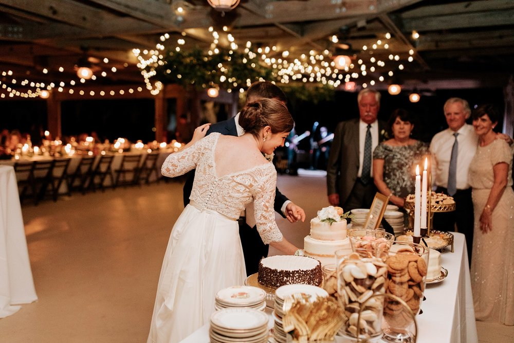 lowcountry-kitchen-catering-beaufort-sc-mary-grace-and-judd-kennedy-wedding-ceremony-cake-table-min.jpg
