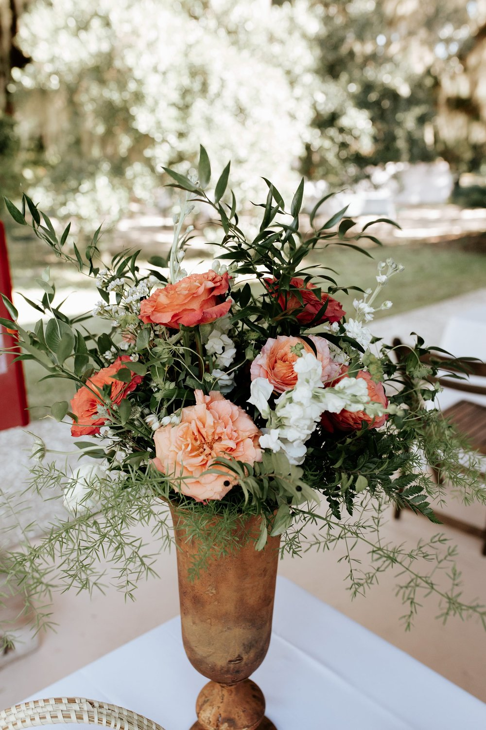 lowcountry-kitchen-catering-beaufort-sc-mary-grace-and-judd-kennedy-wedding-ceremony-flower-vase-min.jpg