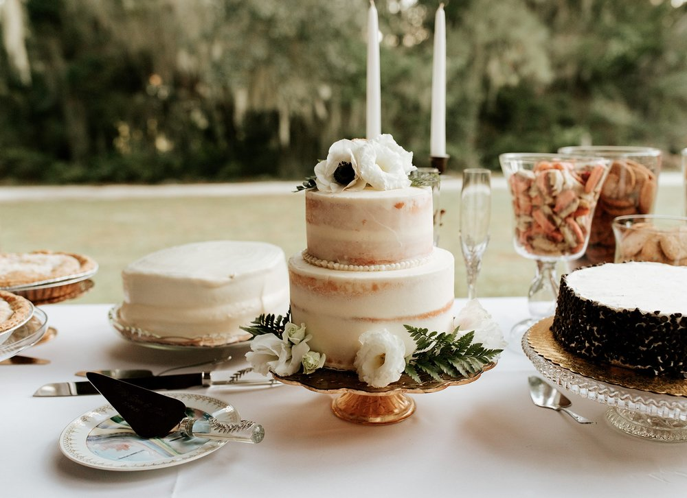 lowcountry-kitchen-catering-beaufort-sc-mary-grace-and-judd-kennedy-wedding-ceremony-cakes-min.jpg