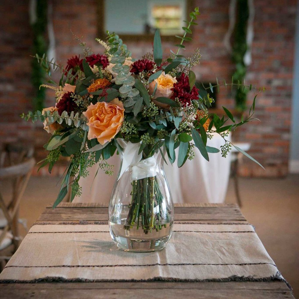 lowcountry-kitchen-catering-beaufort-sc-scott-and-robin-shay-wedding-florals.jpg