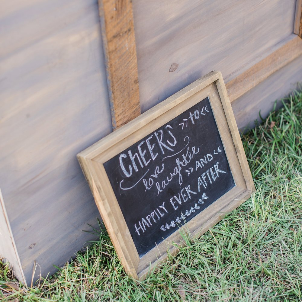 Cheers sign at the Mary Grace and Judd Kennedy wedding.