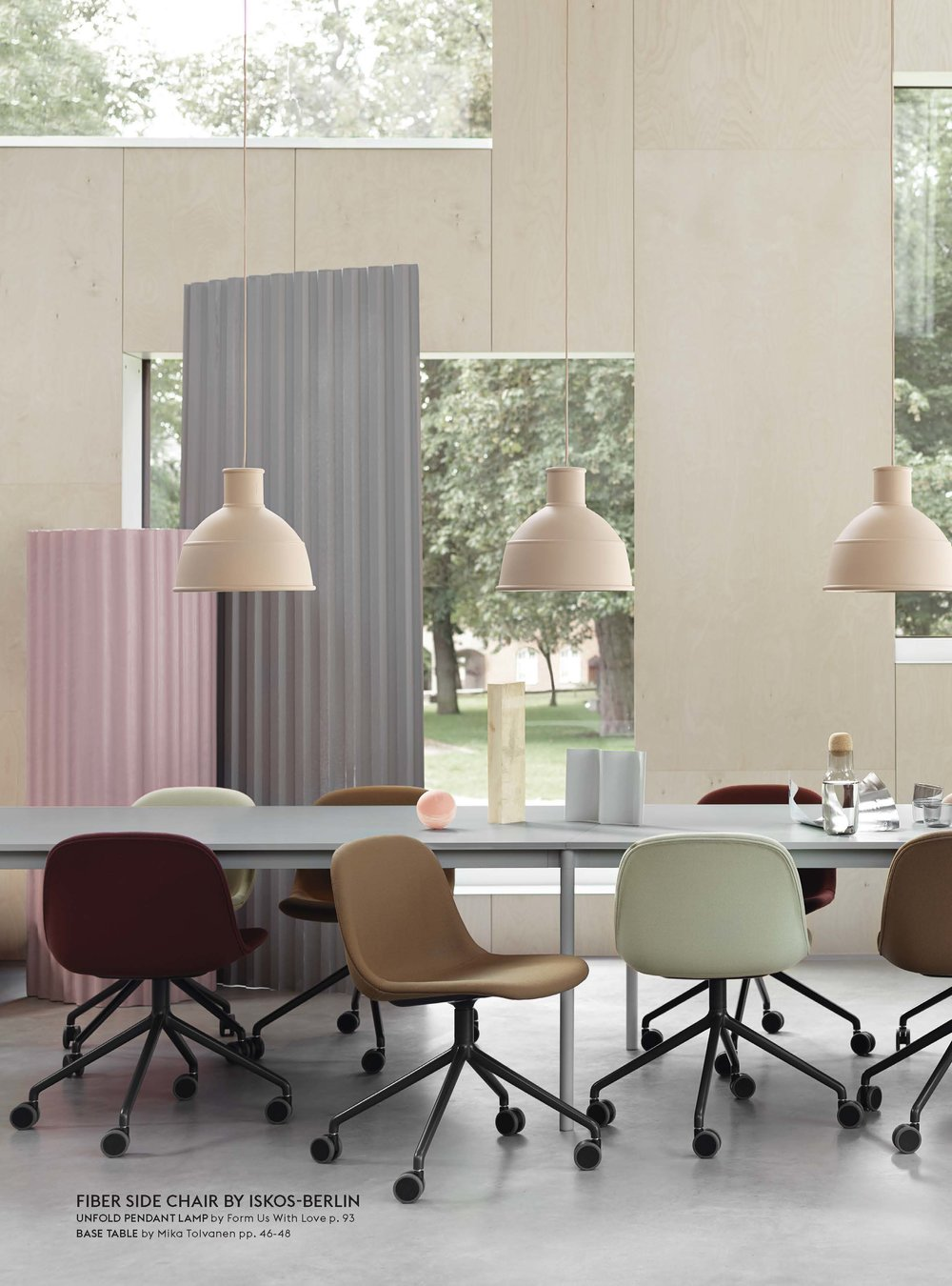 Muuto_Contract_Catalogue_2018_Page_08.jpg
