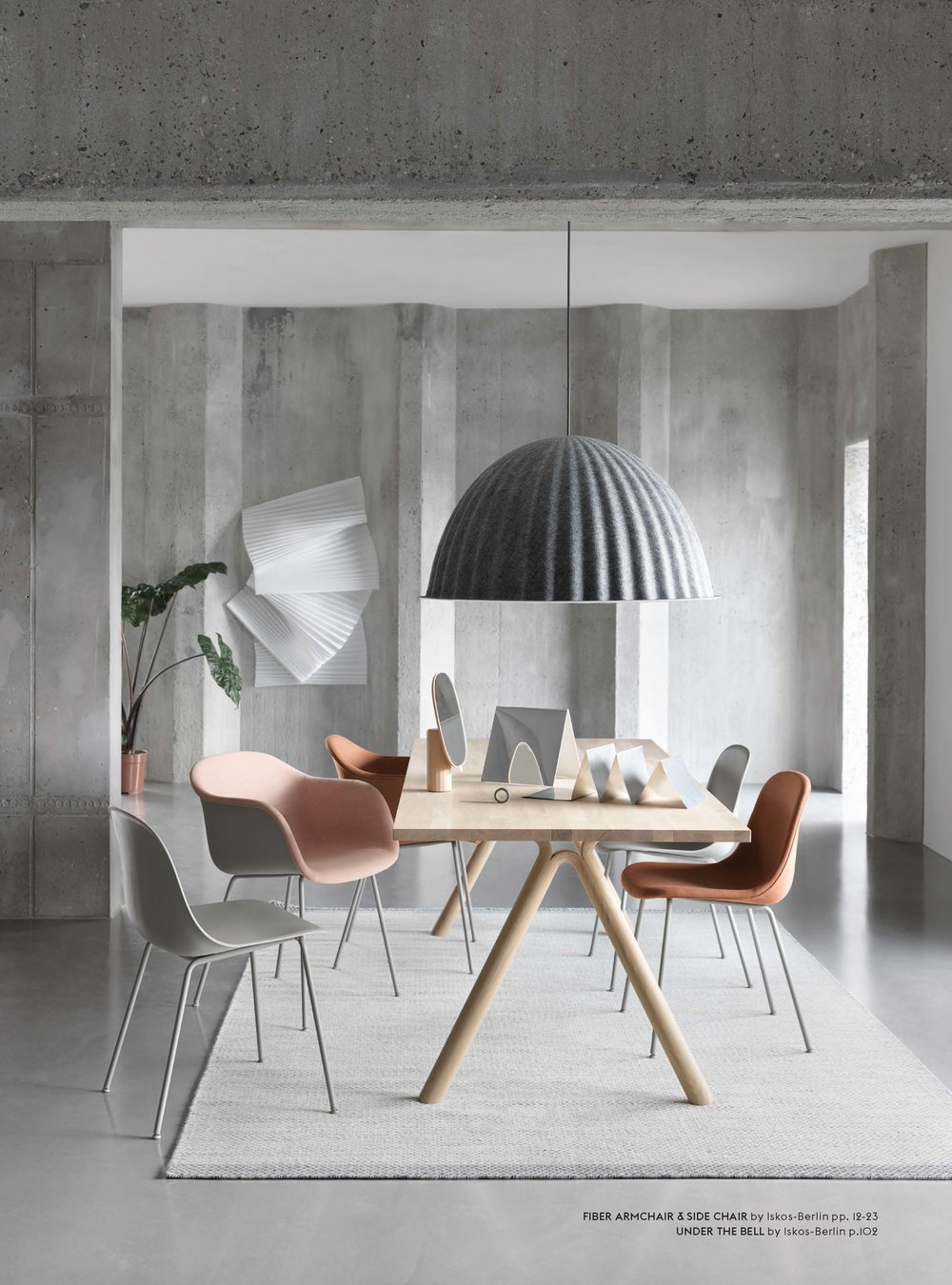 Muuto_Contract_Catalogue_2018_Page_21.jpg