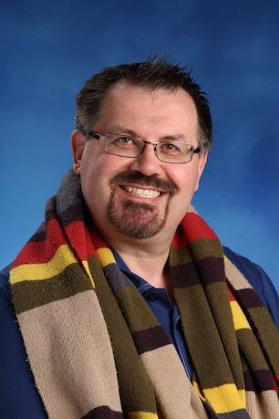 Scott Macdonald - English Phone: (905)433-1144 x260 Email: scottmacdonald@kingsway.college