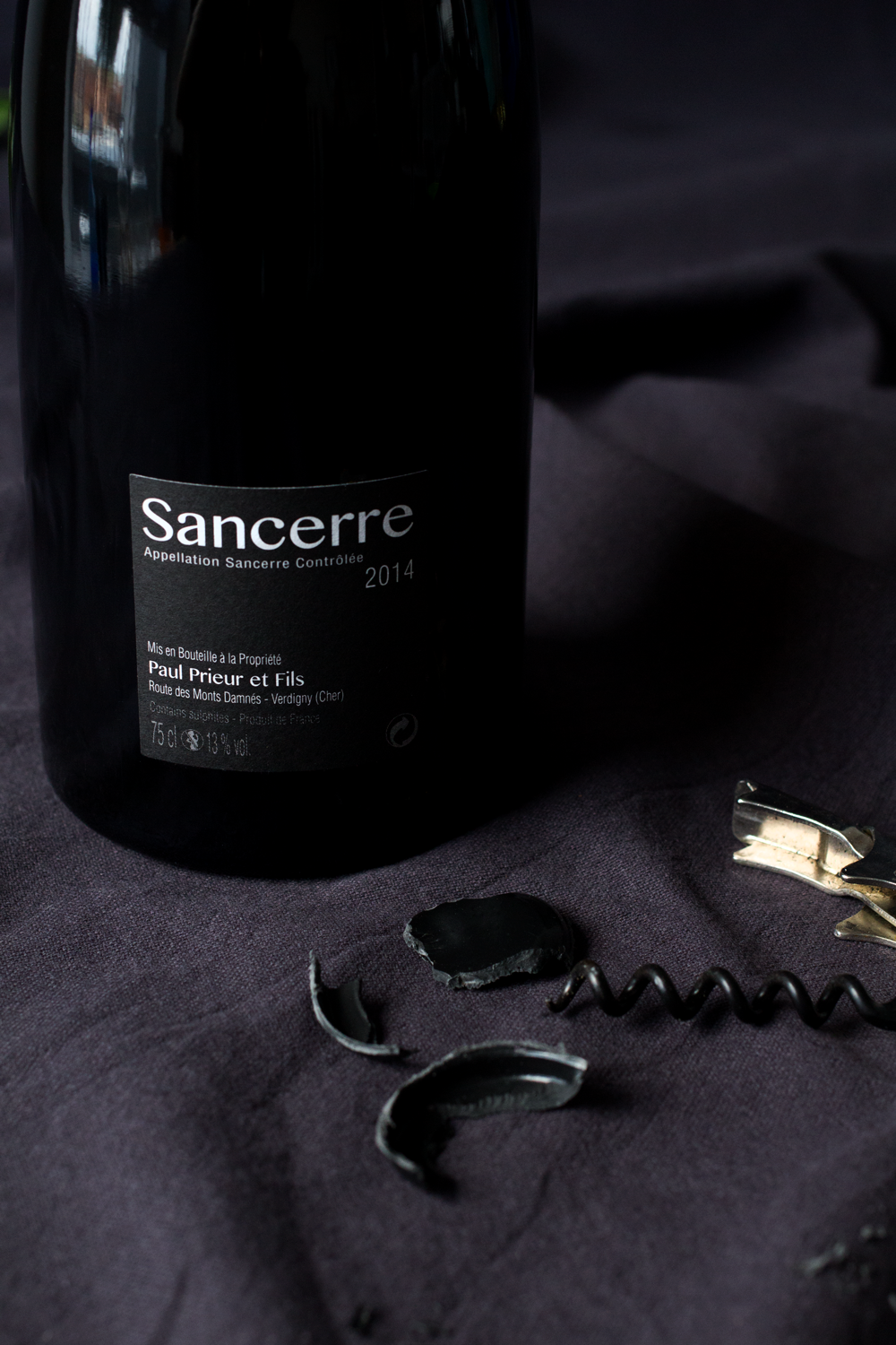 Bottle-Bitches-Monts-Damnes-Sancerre-2014-Wine-Review