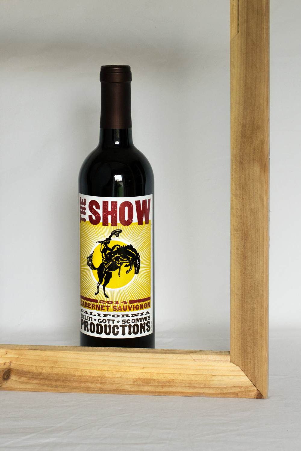 Bottle-Bitches-Review-The-Show-Cabernet-Sauvignon-from-California.png