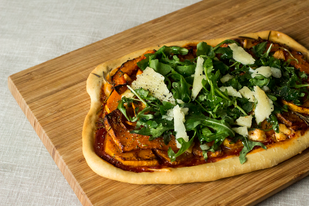 Pumpkin-and-Pecorino-Pizza---Perfect-For-Pairing-With-Autumnal-Wine-by-Bottle-Bitches.png