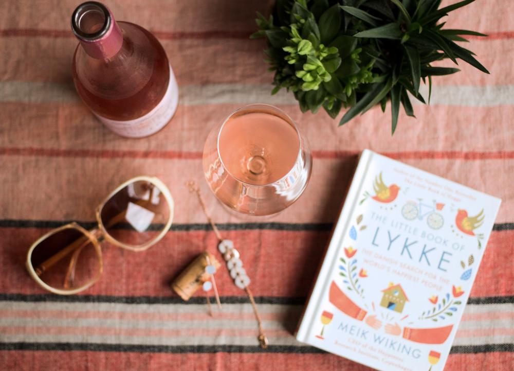 Wine-Review-for-Les-Ruettes-Sancerre-Rosé-by-Bottle-Bitches.png