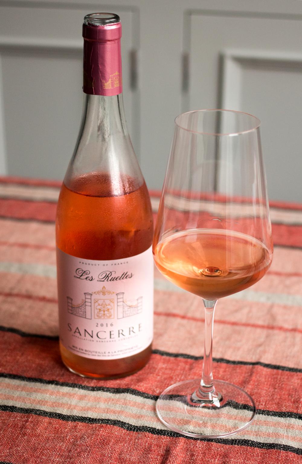 Bottle-Bitches-Rosé-Wine-Review-of-Les-Ruettes-Sancerre.png