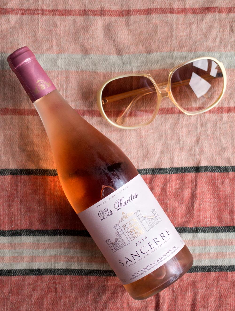 Les-Ruettes-Sancerre-Rosé-wine-review-by-Bottle-Bitches.png