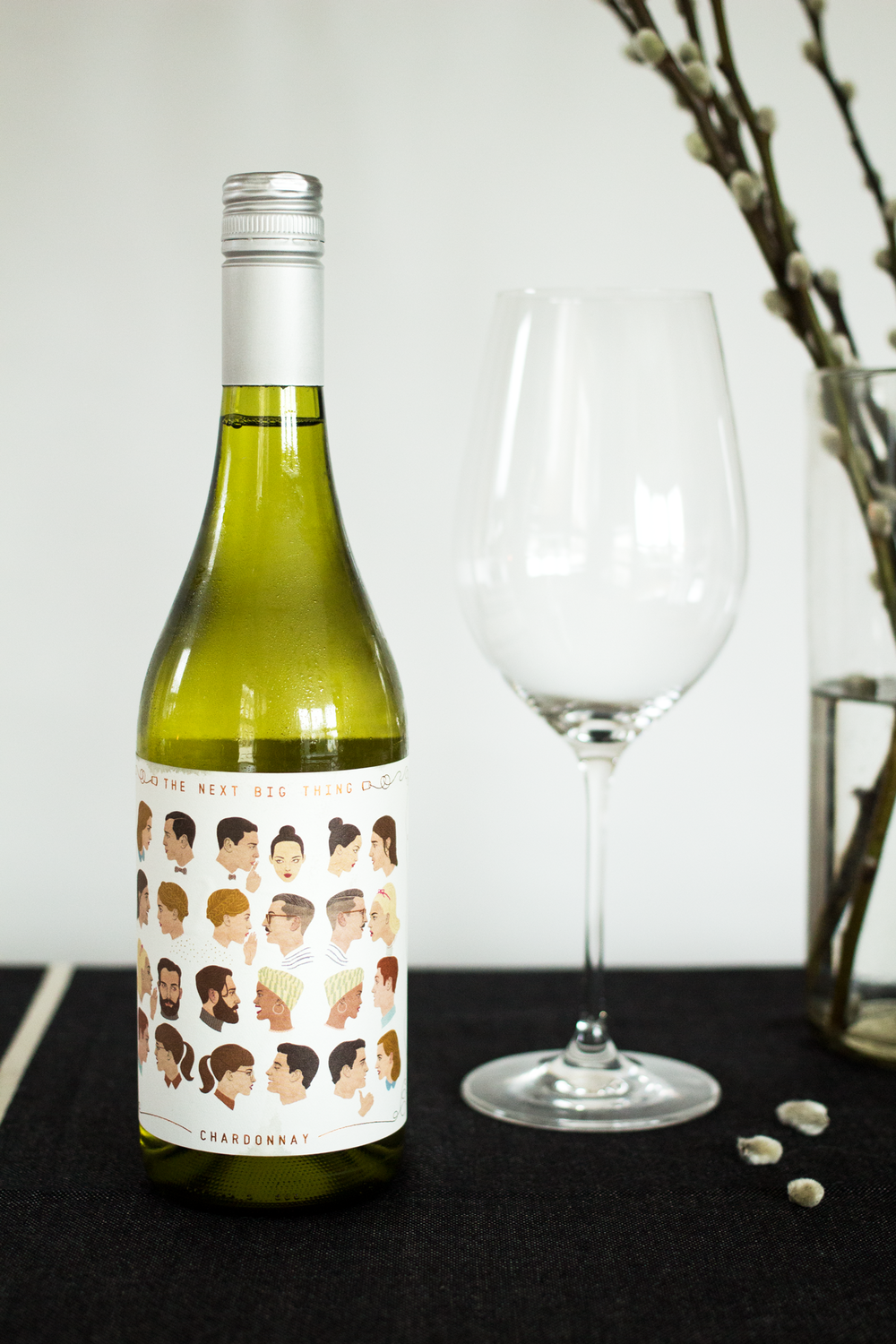 Bottle-Bitches-Review-Australian-Chardonnay-Magpie-Estate-The-Next-Big-Thing-Chardonnay-2015.png