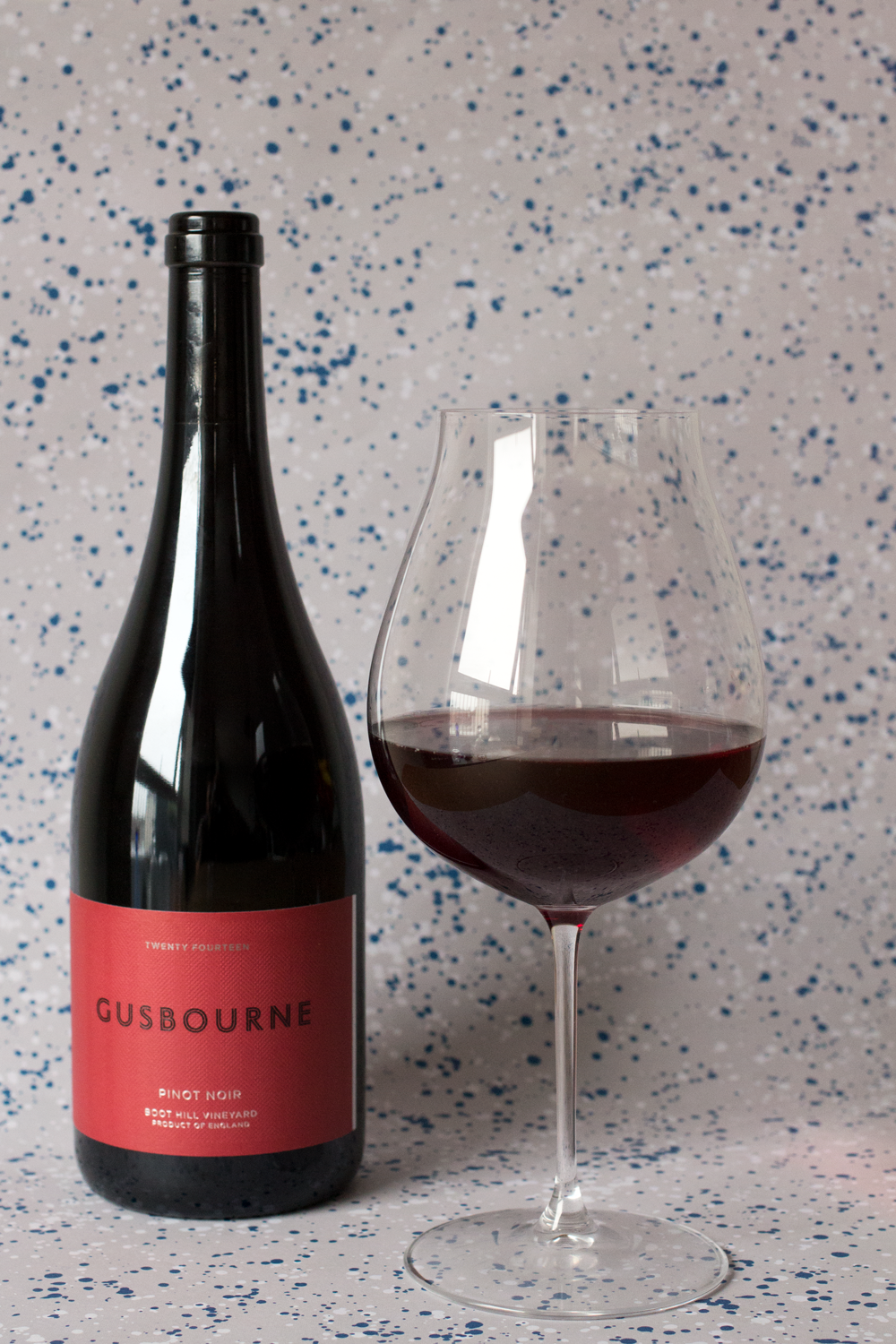 Bottle-Bitches-review-English-Wine-by-Gusbourne-Estate-Pinot-Noir.png