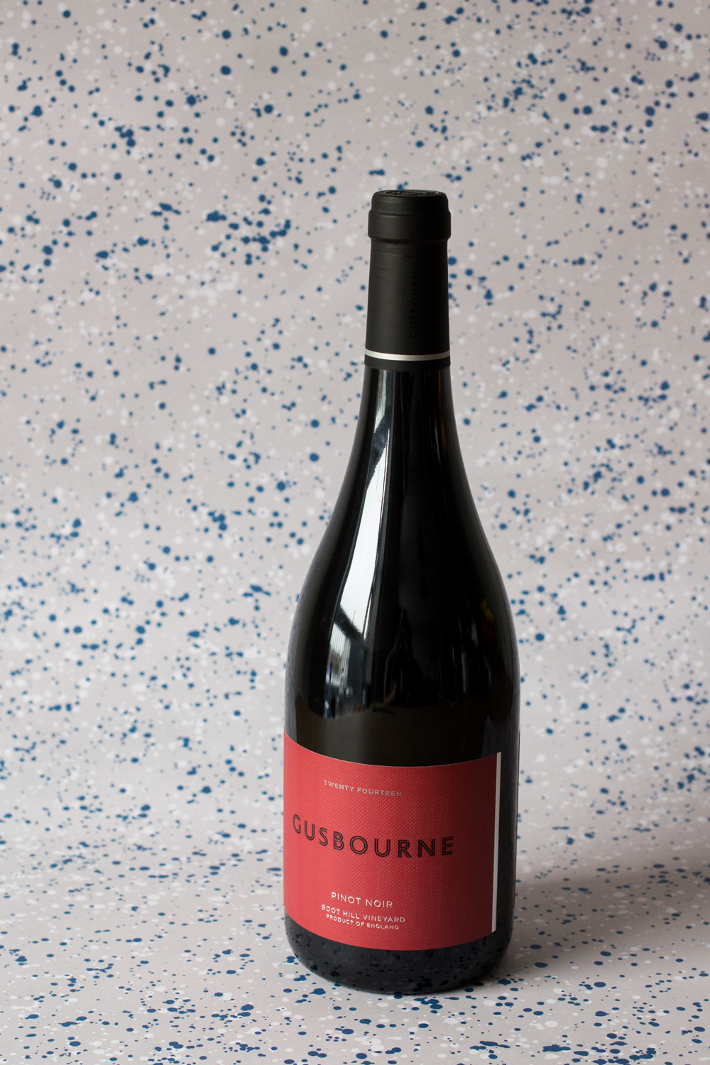 Bottle-Bitches-English-Pinot-Noir-review-Gusbourne-Estate-Pinot-Noir.png