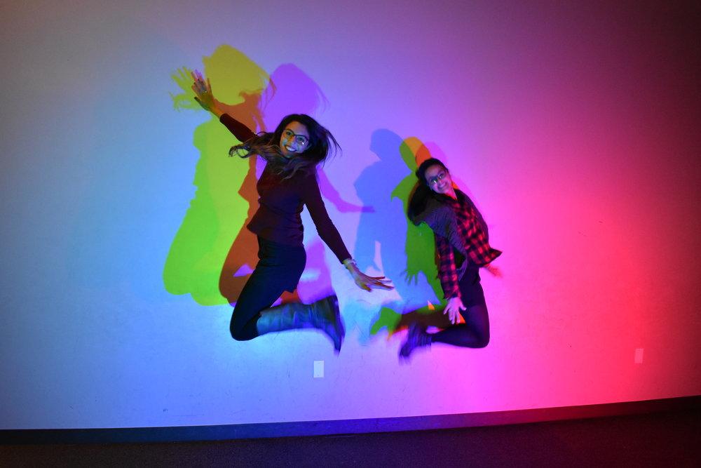 cores , reflexo e amizade