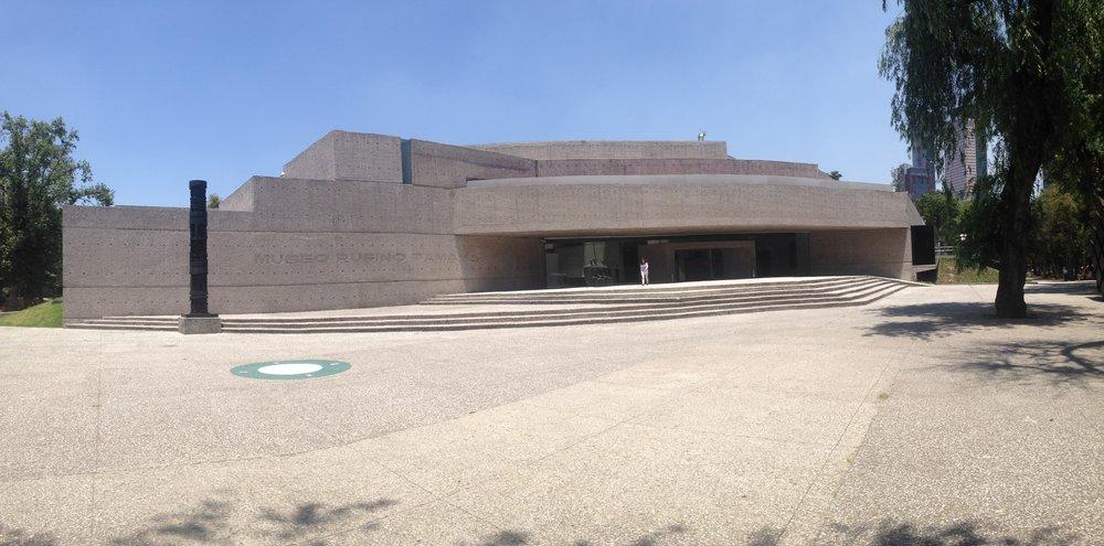 Fachada do museu contemporâneo da Cidade do México