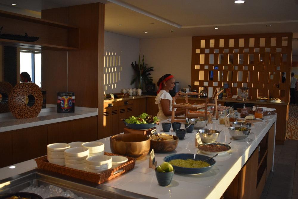 Muita comida gostosa no Happy Hour do Hotel Hyatt:não jantamos depois desse banquete