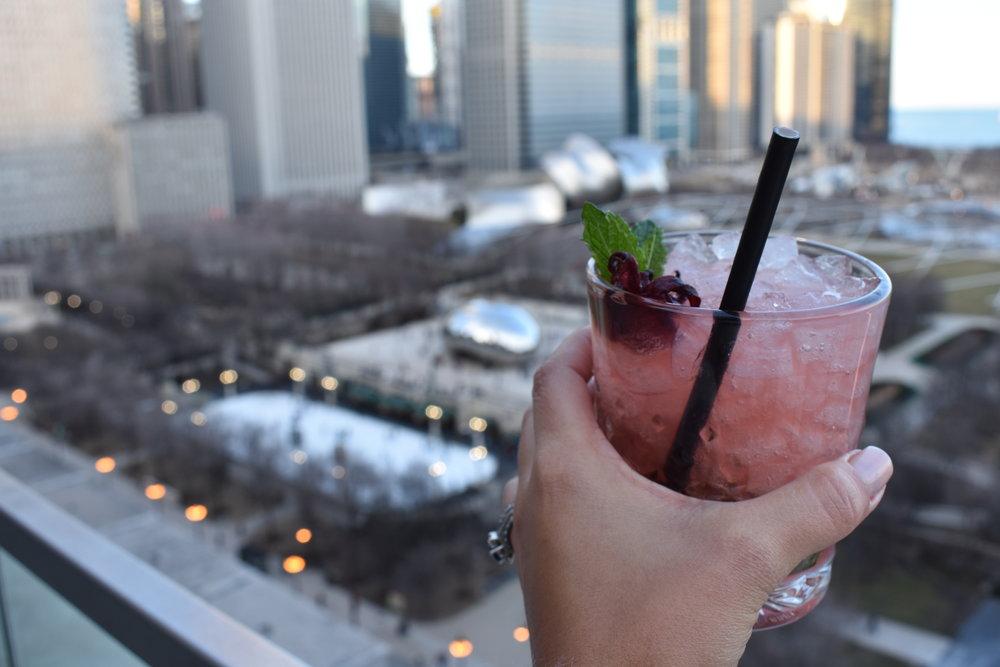 Escolhi do Drink para brindar com essa linda vista (o drink custou $20)